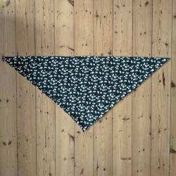Chèche en forme de triangle